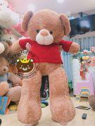 Gấu bông teddy Jack bear nâu vàng áo len đỏ (1m4)