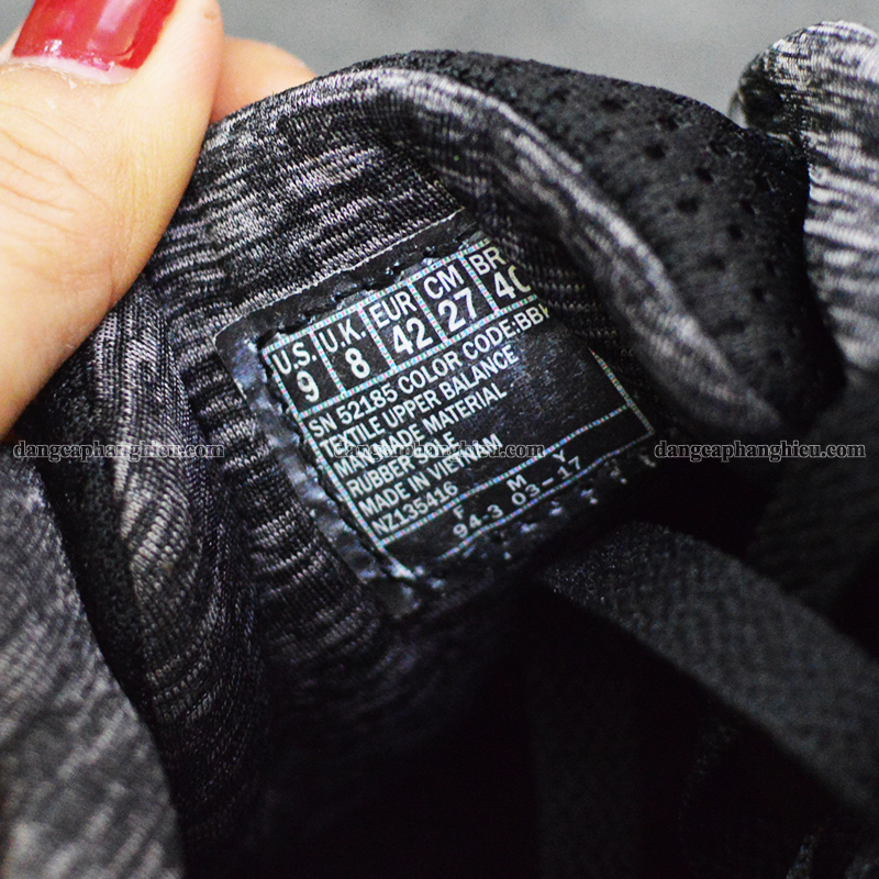 070004 Skechers Sample Black 2018 4