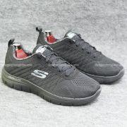 Giày Skechers đen chính hãng giá thơm 2018