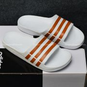 Adidas Duramo màu trắng sọc cafe
