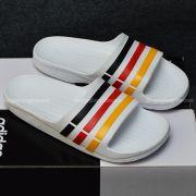 Adidas Duramo màu trắng sọc đen đỏ vàng