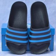 Dép trẻ em Adidas Adilette Aqua Kid màu đen sọc xanh dương