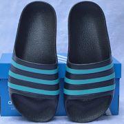 Dép trẻ em Adidas Adilette Aqua Kid màu đen sọc ngọc