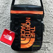 Túi đeo chéo The North Face BC Fuse Box Pounch màu đen logo cam