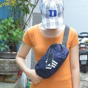 Túi đeo chéo Adidas Parkhood màu xanh đen