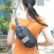 Túi đeo chéo Adidas Parkhood màu đen