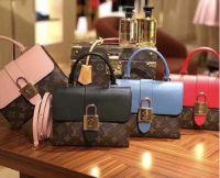Túi xách Louis Vuitton Locky - Mẫu túi xách xuân hè của Louis Vuitton.
