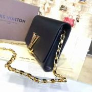 Túi Xách Louis Vuitton Chain Louise-M94335-TXLV031
