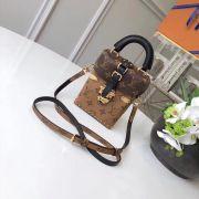 Túi xách Louis Vuitton Camera Box siêu cấp - TXLV150
