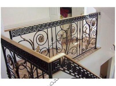 Mẫu lan can tay vịn trang trí cho cầu thang nhà bạn