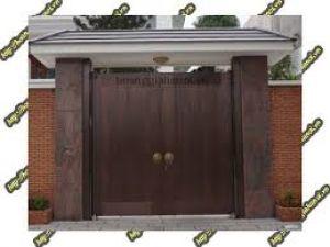 Mẫu cửa cổng đồng đúc thích hợp với thiết kế nhà lâu đài, biệt thự