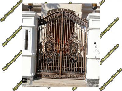 Thi công cổng đồng đúc tại Đồng Tháp
