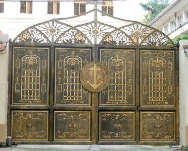 Thi công cổng đồng đúc tại Gia Lai
