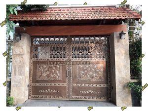 Thi công cổng đồng đúc tại Tiền Giang