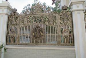 Thi công hàng rào đồng đúc tại Hà Nội