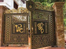 Thi công cổng Nhôm Đúc tại Đông Anh