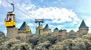 Развлекательнй комплекс в горах Бана Хилз.