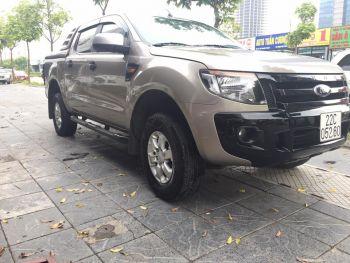 Ford Ranger XLS 2.2 AT 2014 độ nhiều đồ chơi