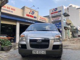 Hyunda Starex máy dầu 6 chỗ tải Van, số tự động 2004
