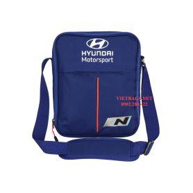 In logo công ty lên túi xách VB478V