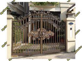 Phúc Mai Lan chuyên sản xuất - lắp đặt cổng nhôm đúc