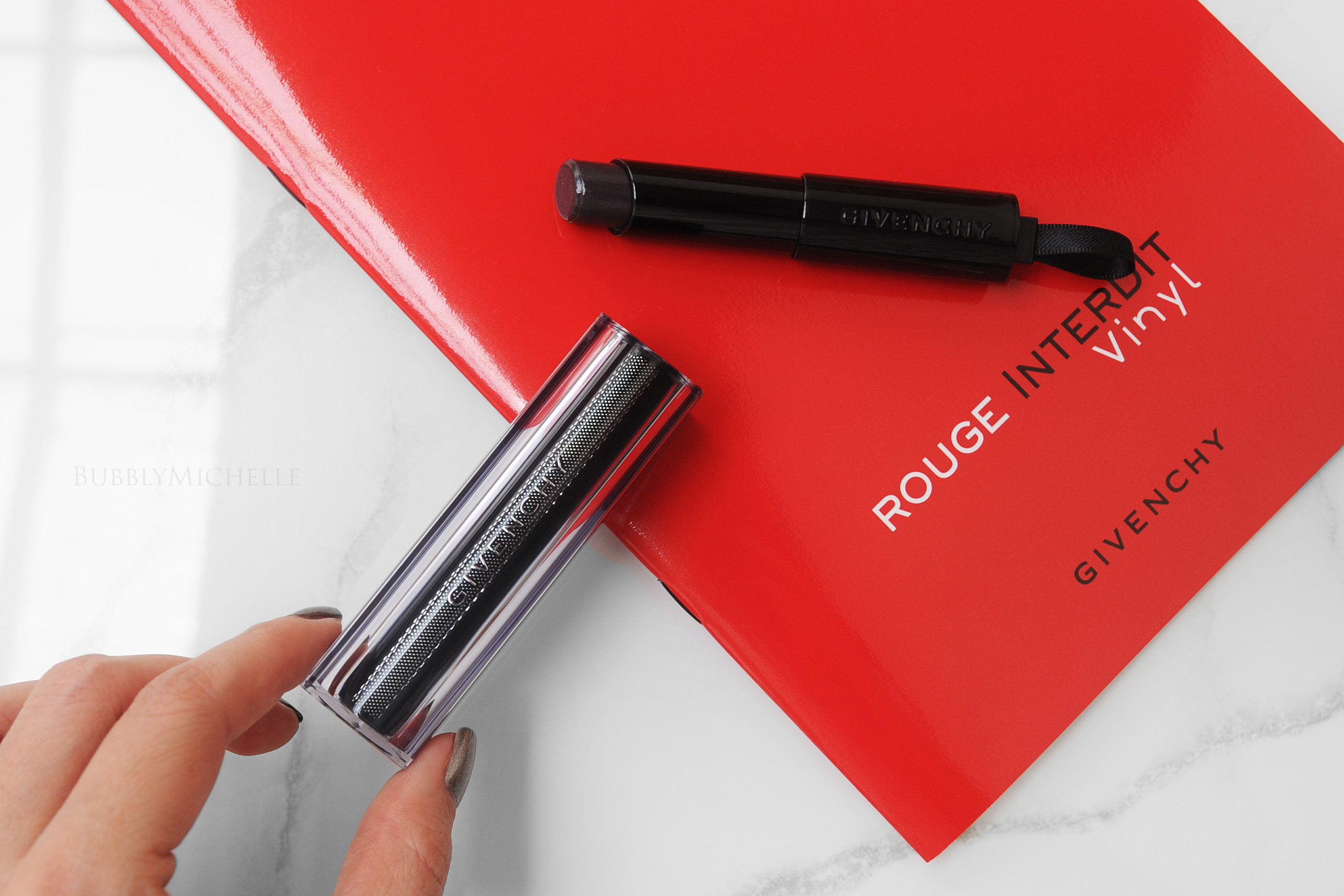 SON DƯỠNG GIVENCHY ROUGE INTERDIT VINYL 16