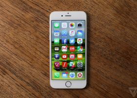 iPhone 6 so dáng với smartphone Android cao cấp
