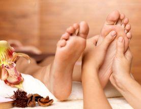 Hướng dẫn massage sau sinh - Massage chân