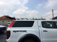 Nắp thùng xe bán tải  Ford Ranger Raptor cao có đèn