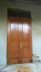 Cửa gỗ 33