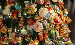 Sắm đồ trang trí Giáng sinh có đắt không?