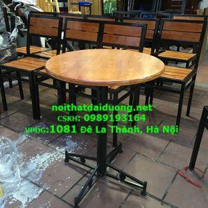 Bàn ghế cafe gỗ cao su khung sắt BBG3960CS (Bàn + 4 Ghế)