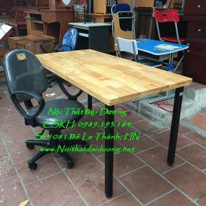 Bàn làm việc chân sắt, gỗ caosu + Ghế xoay Hòa Phát BLV1260TN+Ghế