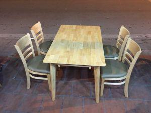 Bộ bàn ăn ghế gỗ bọc nệm