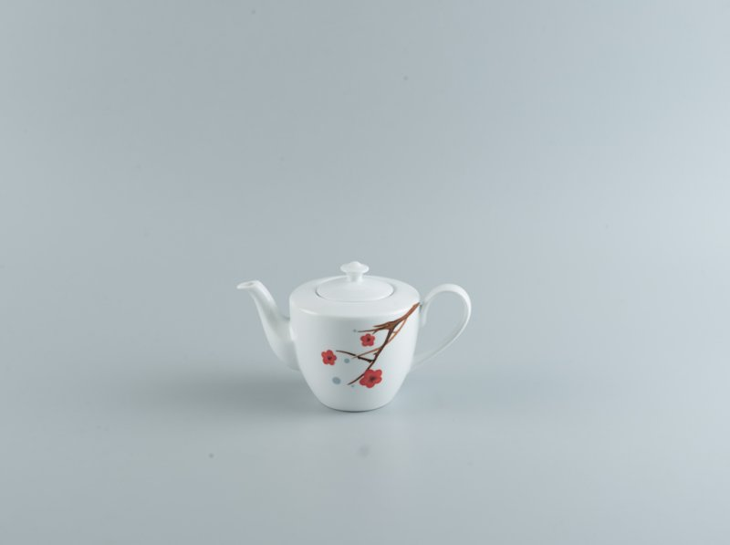 Bình trà 0.65l HỒNG MAI