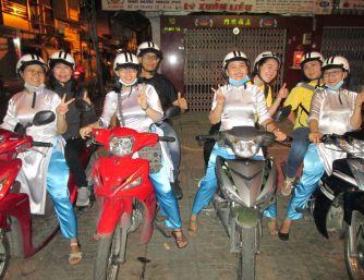 ĐOÀN KHÁCH INDONESIA - ENJOY SAIGON BY NIGHT WITH XO TOUR