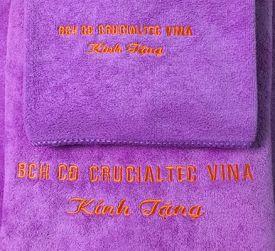 Quà tặng nhân viên 8-3 Crucialtec Vina