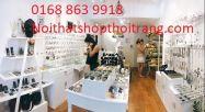 Cửa hàng mẫu về kính và đồ phụ kiện. CH85