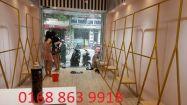 Cửa hàng mẫu giá treo vàng gương. CH87