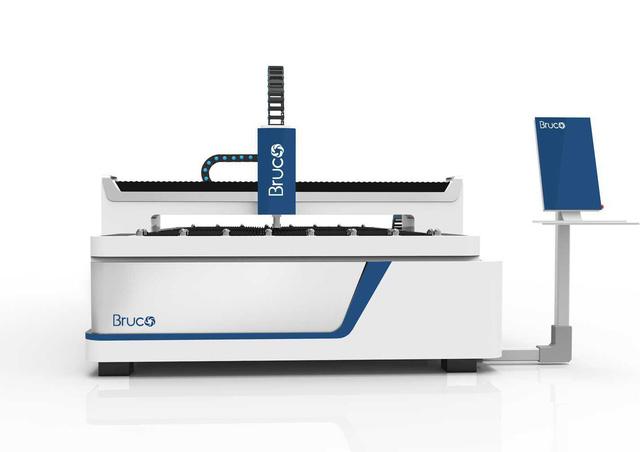 Ứng dụng công nghệ cắt Laser sợi quang trong gia công tấm kim loại