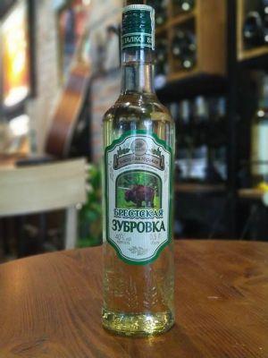 Rượu Vodka Cỏ Nga BrestskayaZubrovka