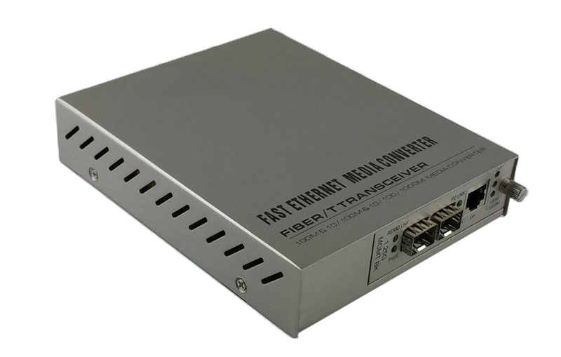 1+1 Protection Media Converter with 1 TX port and 2 SFP slots