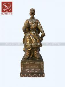 Tượng Trần Hưng Đạo Đại Vương - Khảm Tam Khí