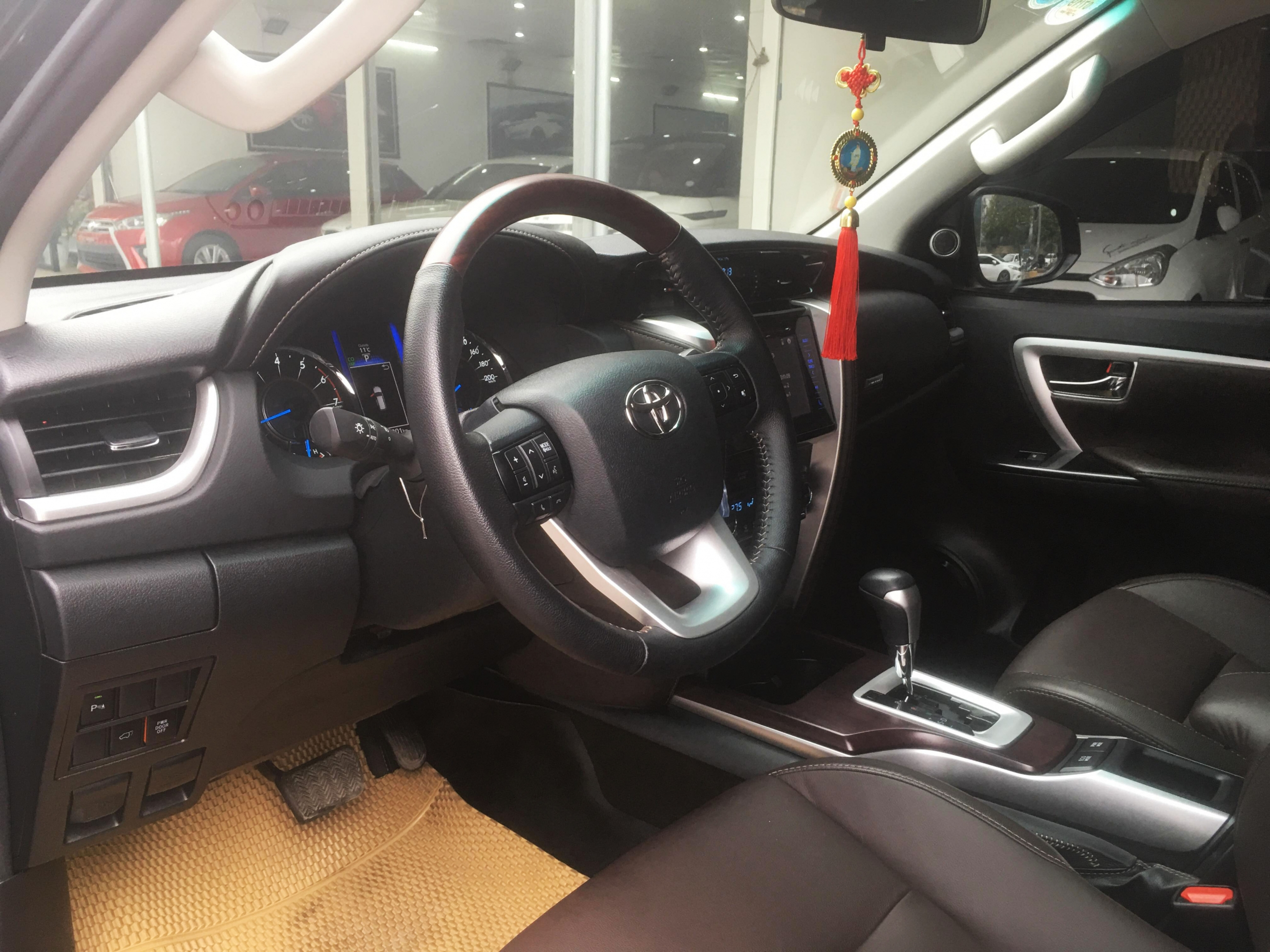 Toyota Fortuner 2.7AT 2016 - 8