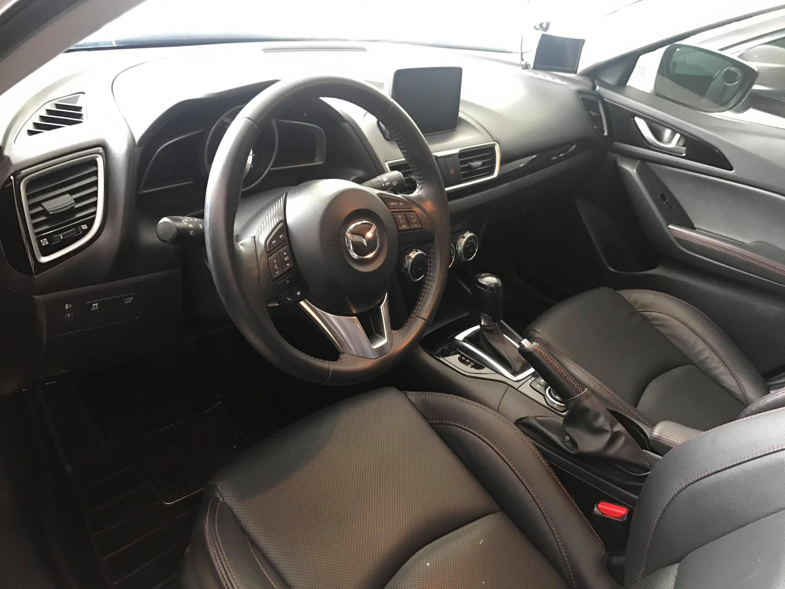 Mazda 3 Hatchback 1.5AT 2015 - 7