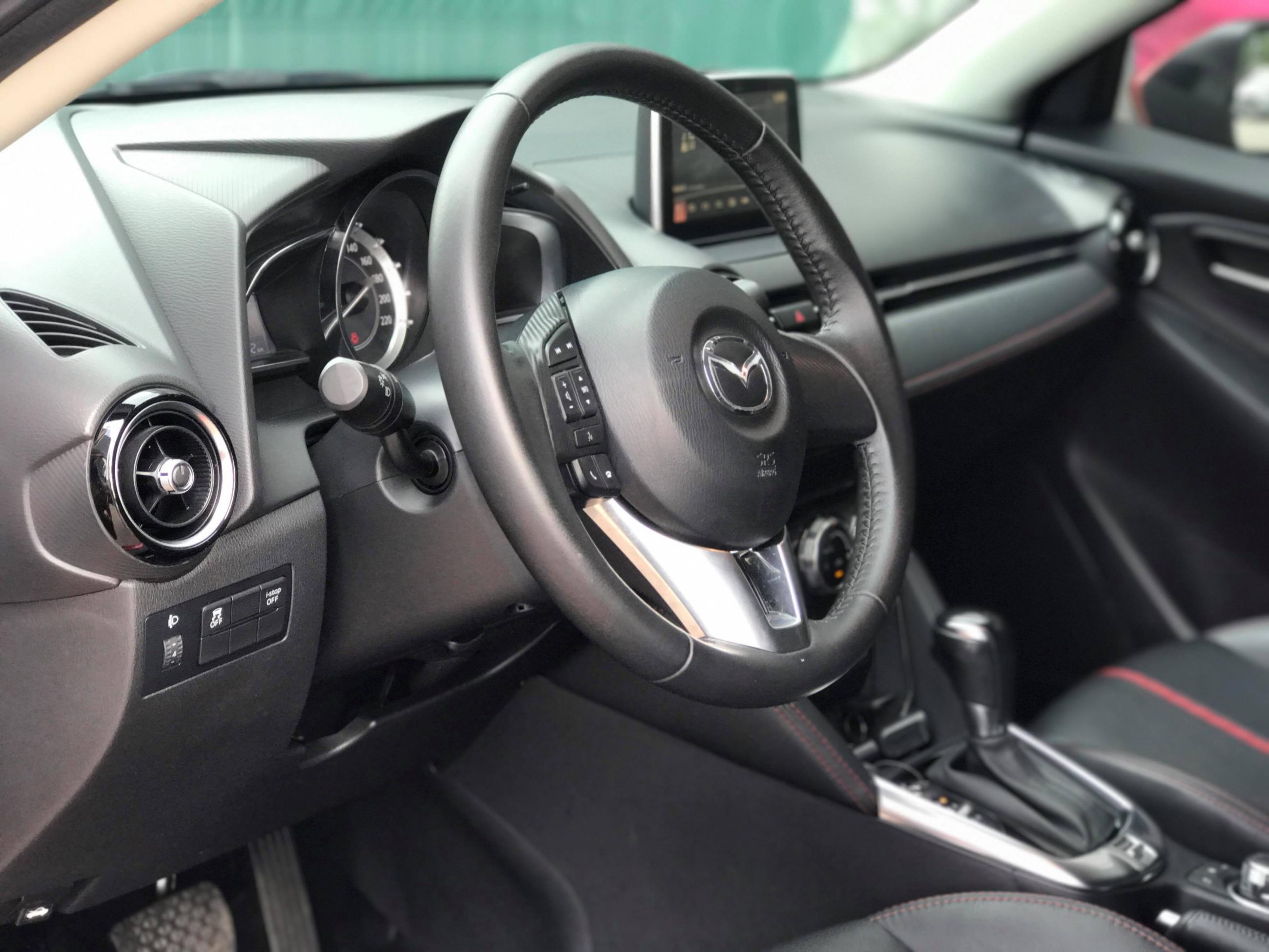 Mazda 2 Sedan 2015 -8