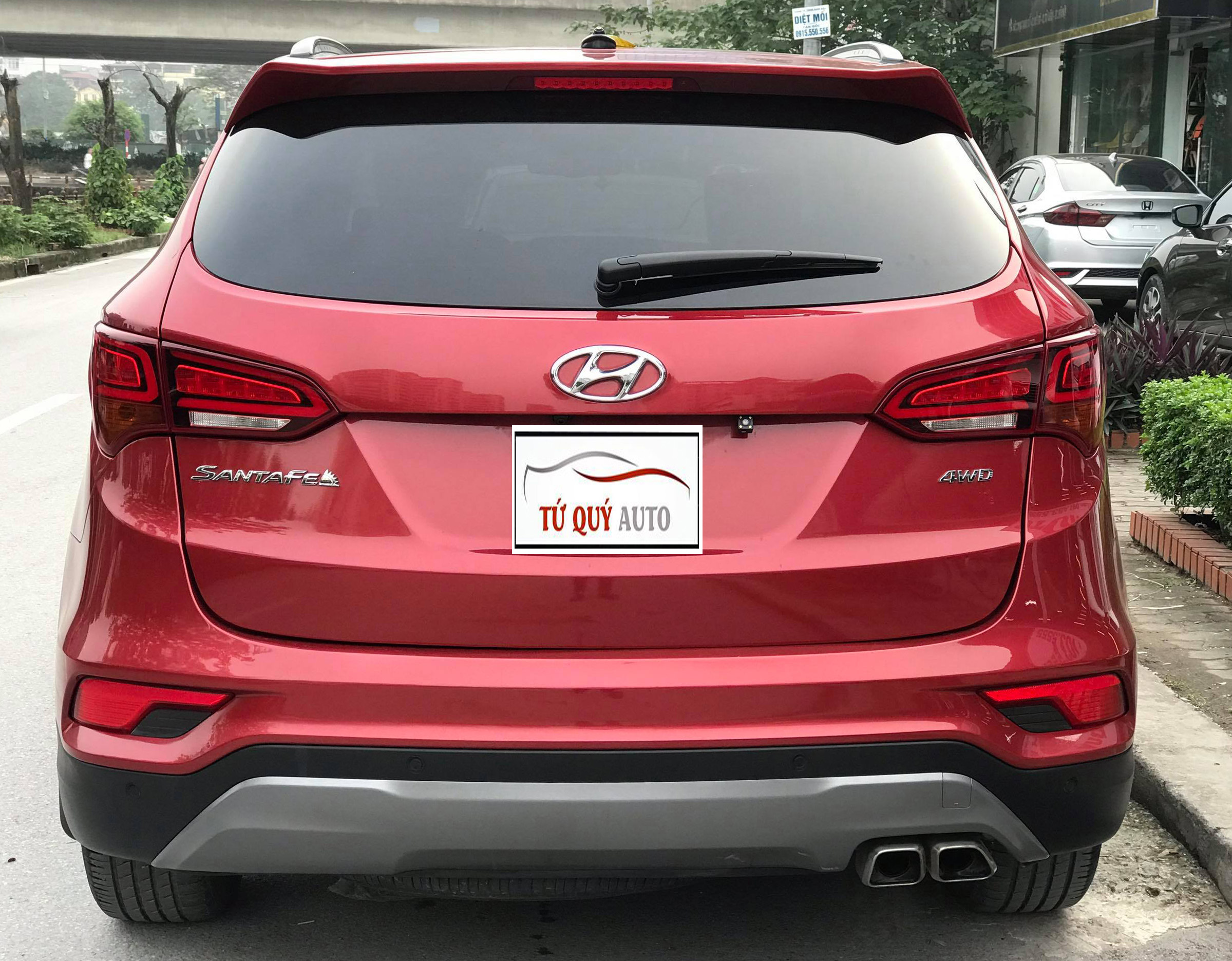 Hyundai SantaFe 2.4AT 4WD 2017 - 2