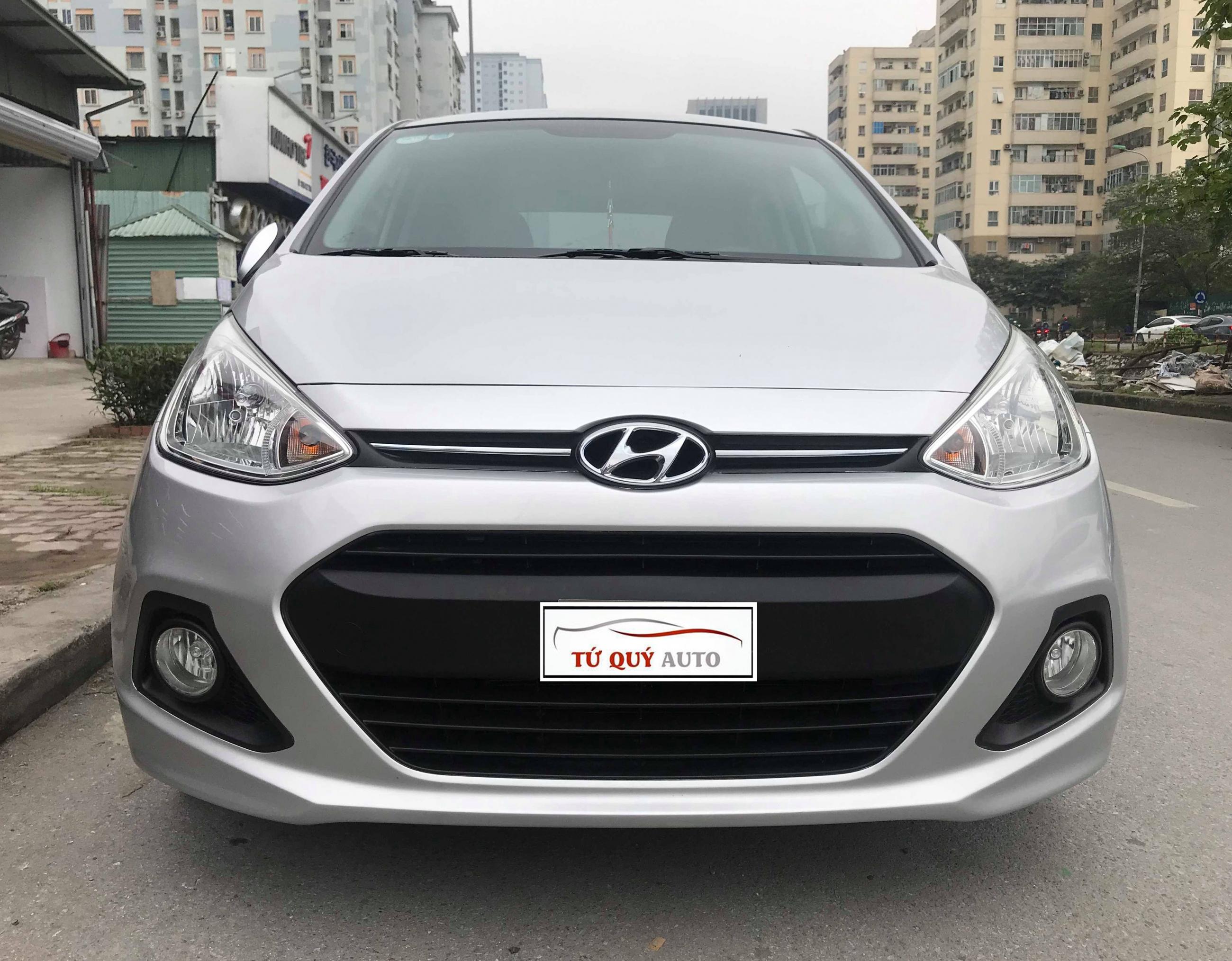 Xe Hyundai i10 Hatchback 1.2AT 2013 - Bạc
