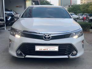 Xe Toyota Camry 2.5Q 2018 - Trắng
