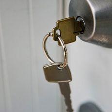 Một số mẹo xử lý khóa cửa bị kẹt